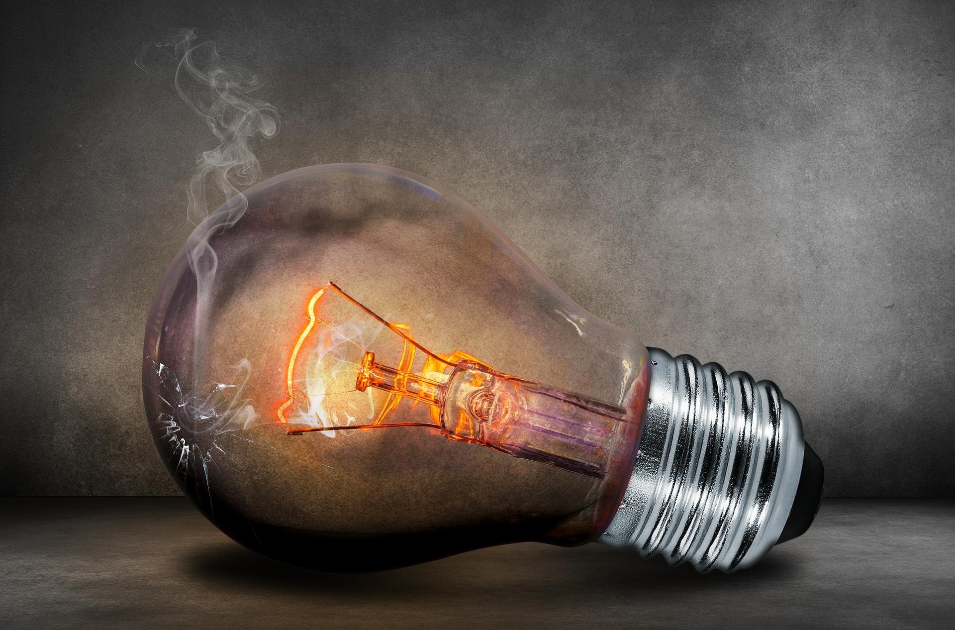 Kam vyhodit rozbitou žárovku? Recyklujte