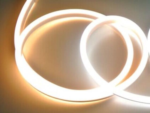LED neon pás 9W/m teplá biela