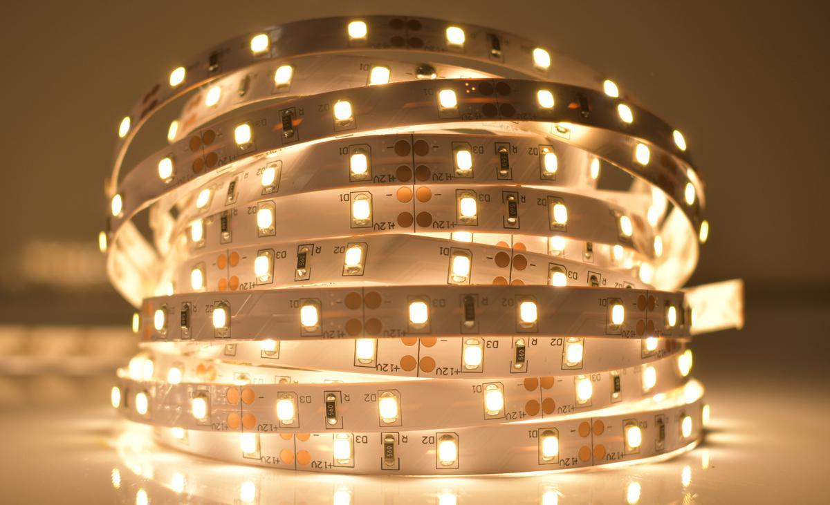 LED Streifen 4,8W/m ohne Schutz Warmweiß