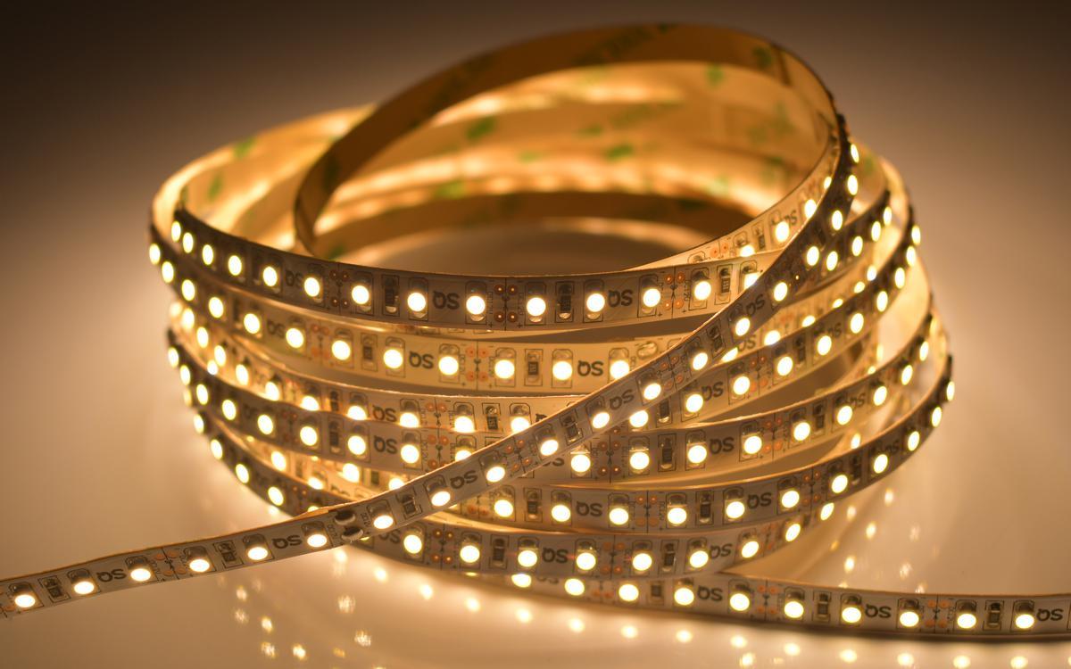 LED Streifen 9,6W/m ohne Schutz Warmweiß