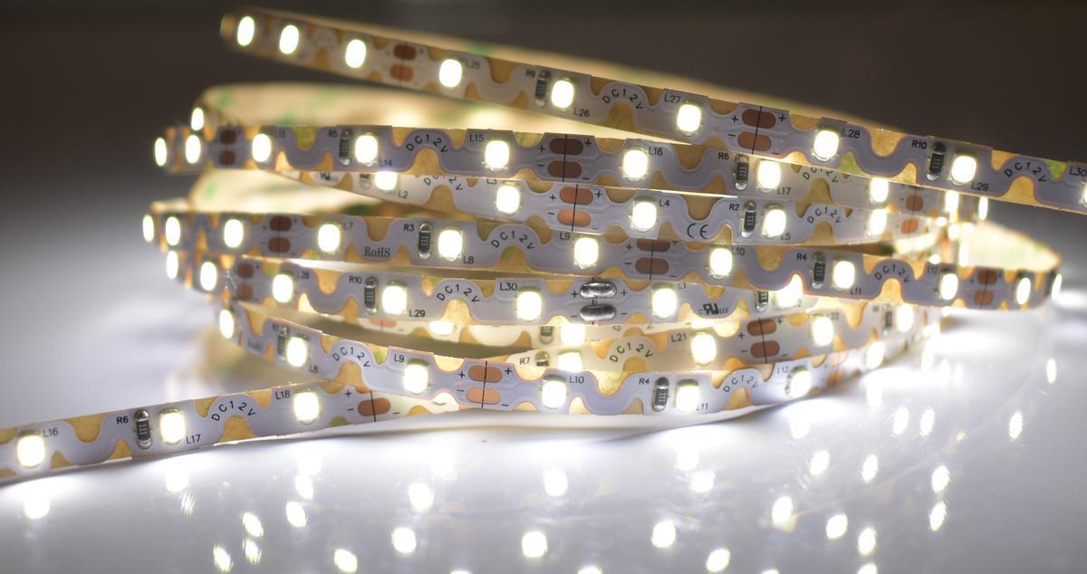 LED Streifen 6,2W/m 12V flexible Tageslicht