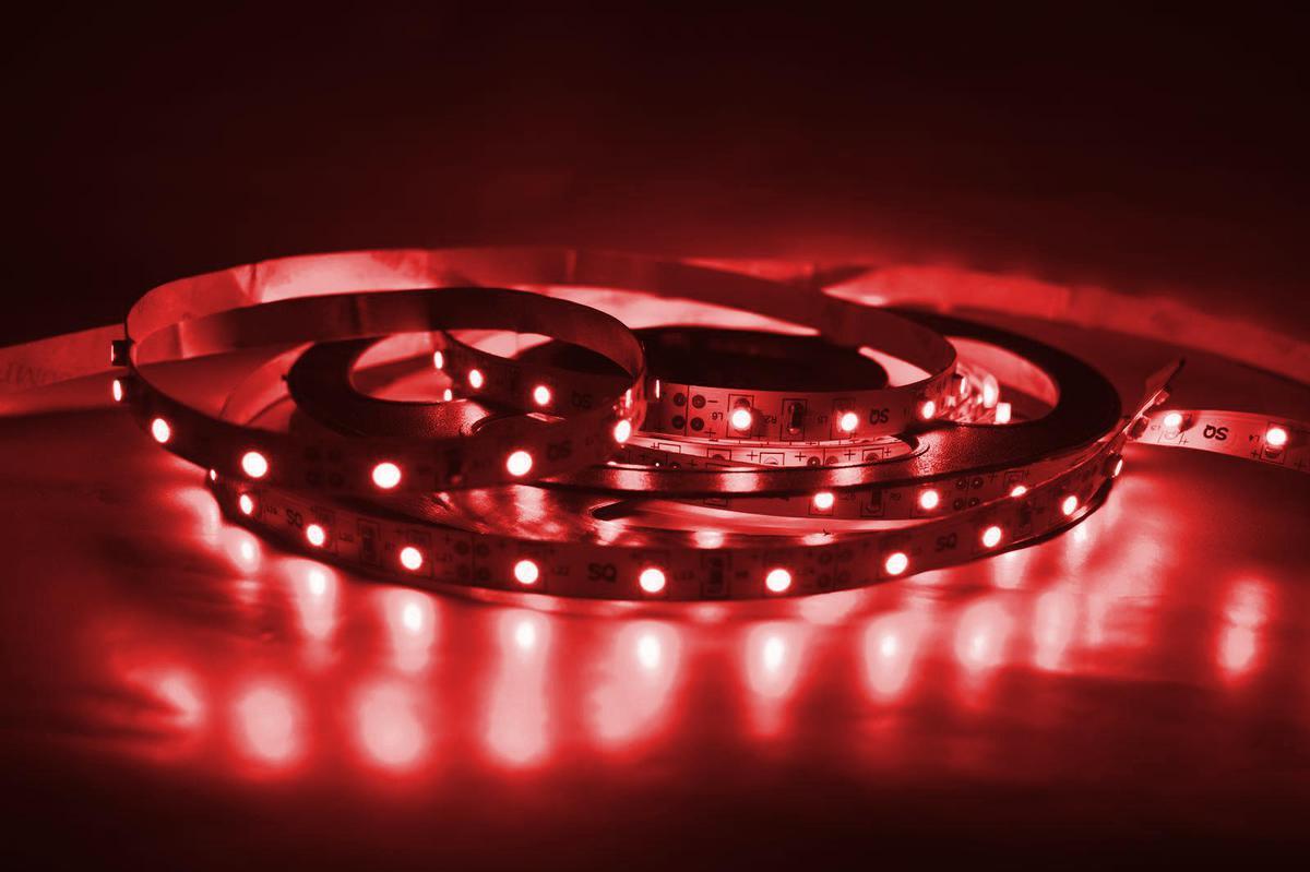 LED Streifen 9,6W/m mit Schutz rot