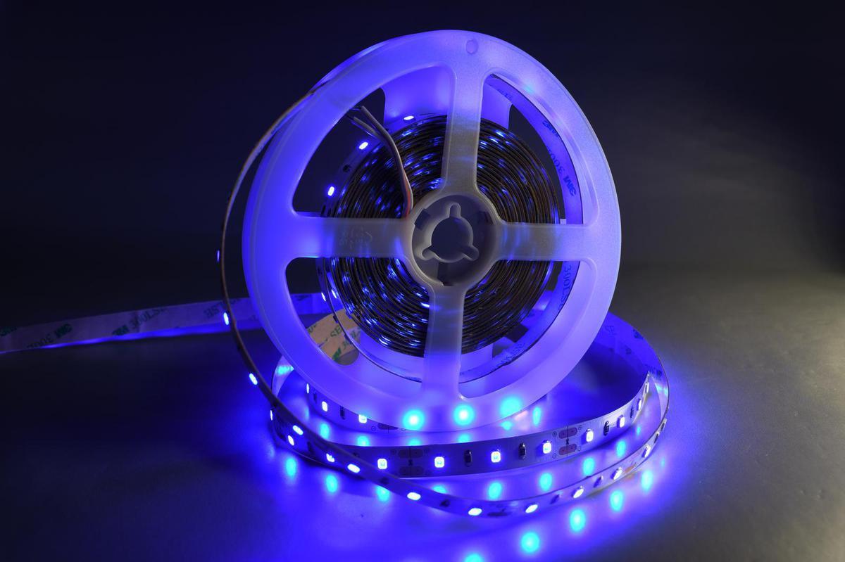 LED Streifen 9,6W/m mit Schutz blau