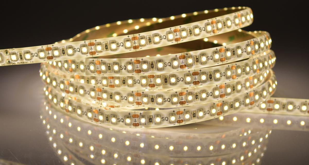 LED Streifen 9,6W/m mit Schutz Warmweiß