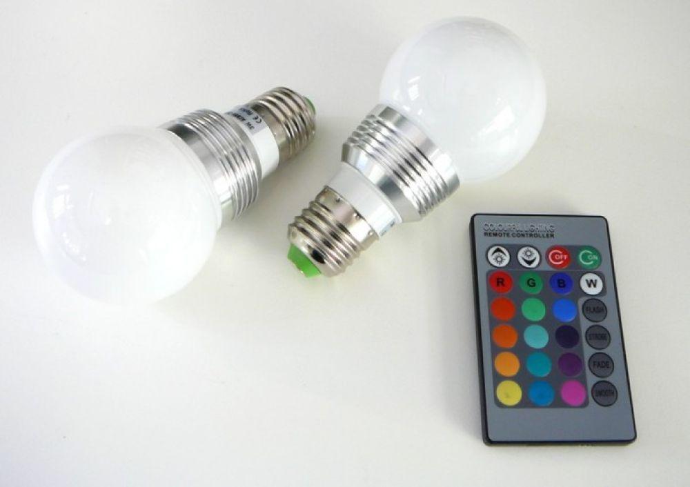 Dimmbarer LED Lampe RGB16 2 E27 360°