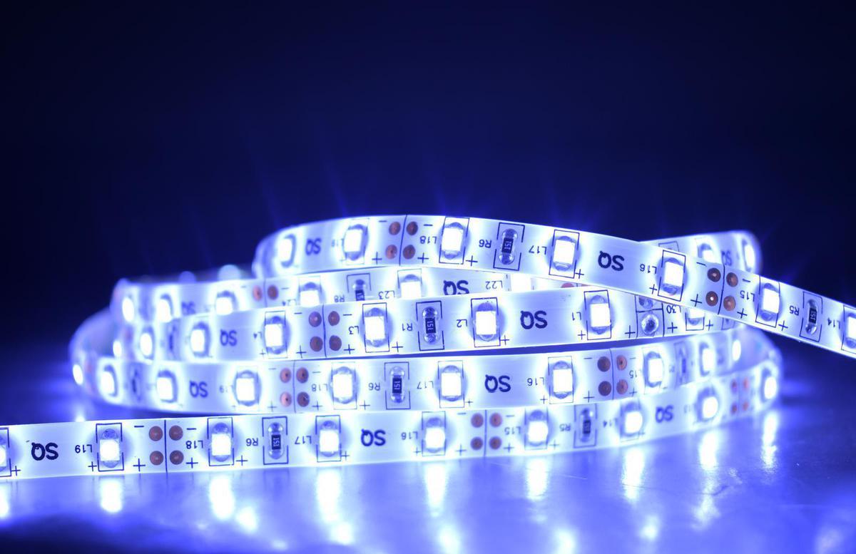 LED Streifen 5m Einbaubreite 8mm 4,8W/m Kaltweiß 12V