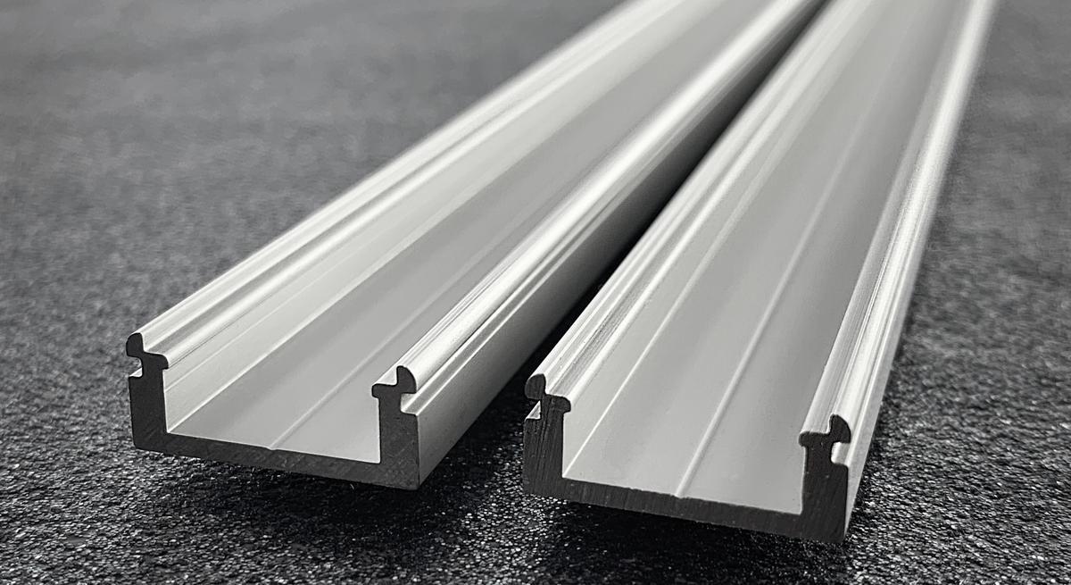 LED Profil N8 Wand Silber 1m