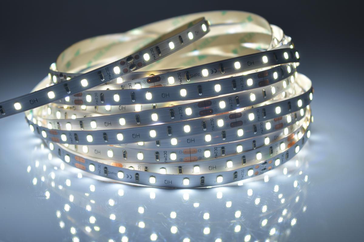 LED Streifen 4,8W/m innen Kaltweiß 24V