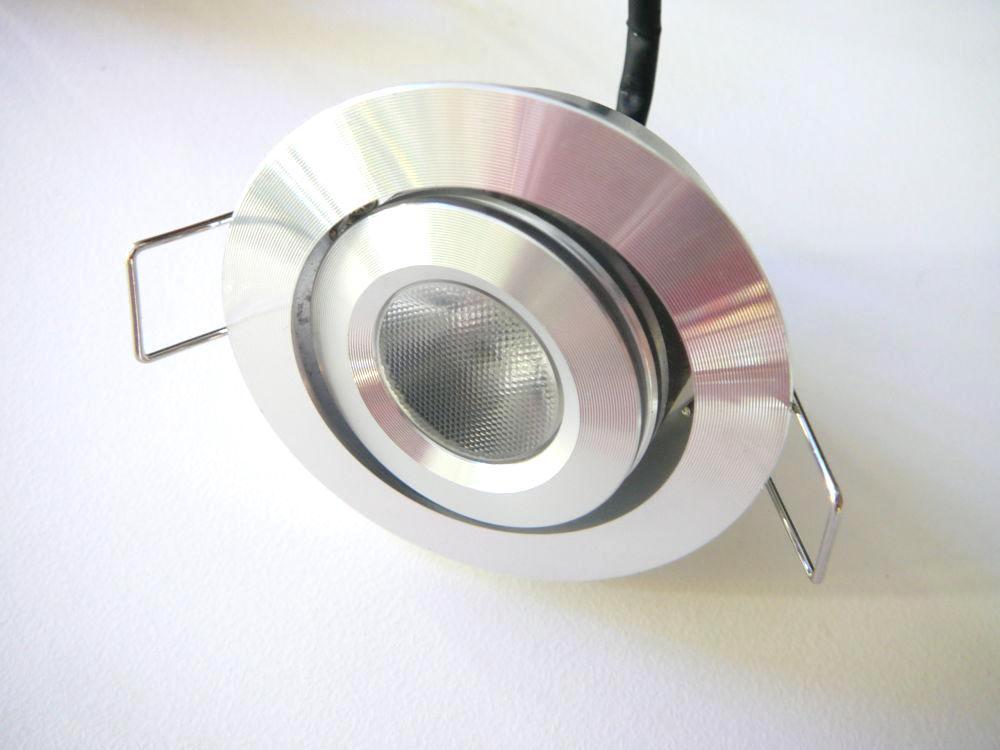 Dimmbarer LED Lampe TLZ C3W 30 Kaltweiß