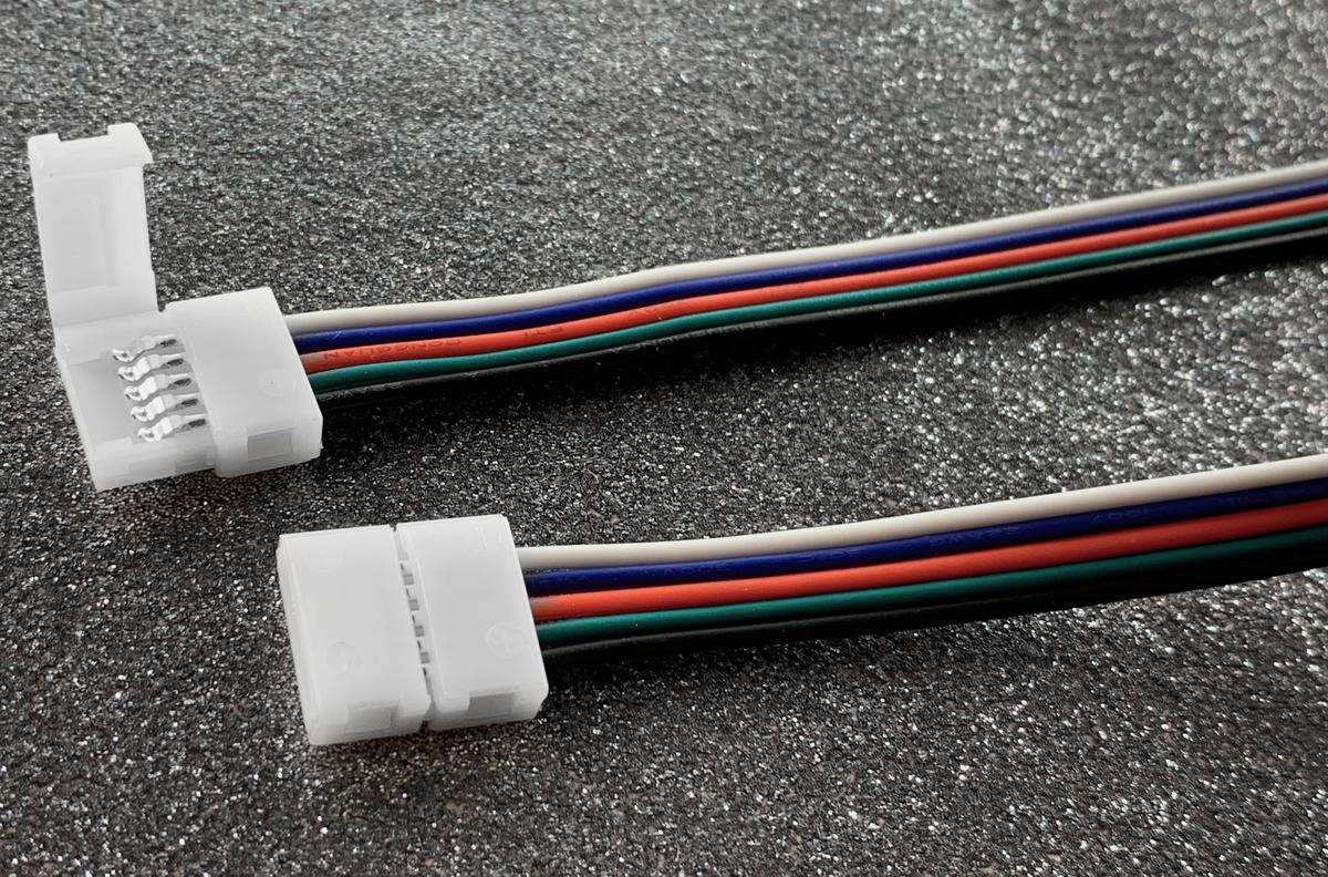 RGBW Verbindung für LED Streifen mit Kabel