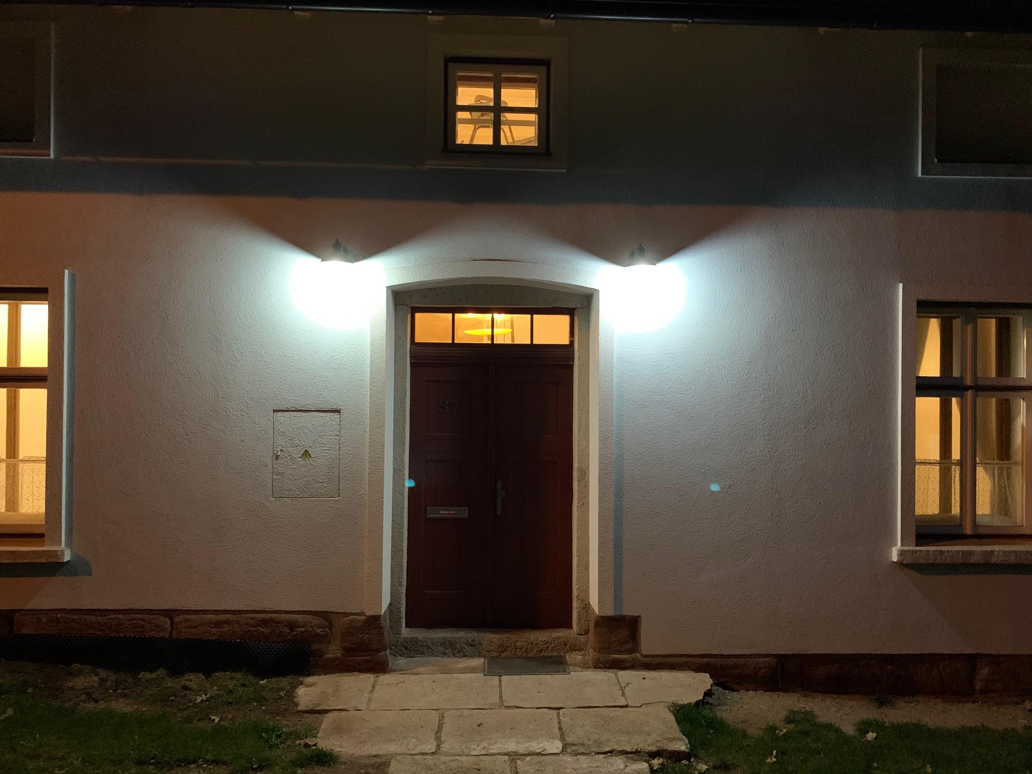 LED osvětlení Budova Trutnov 1