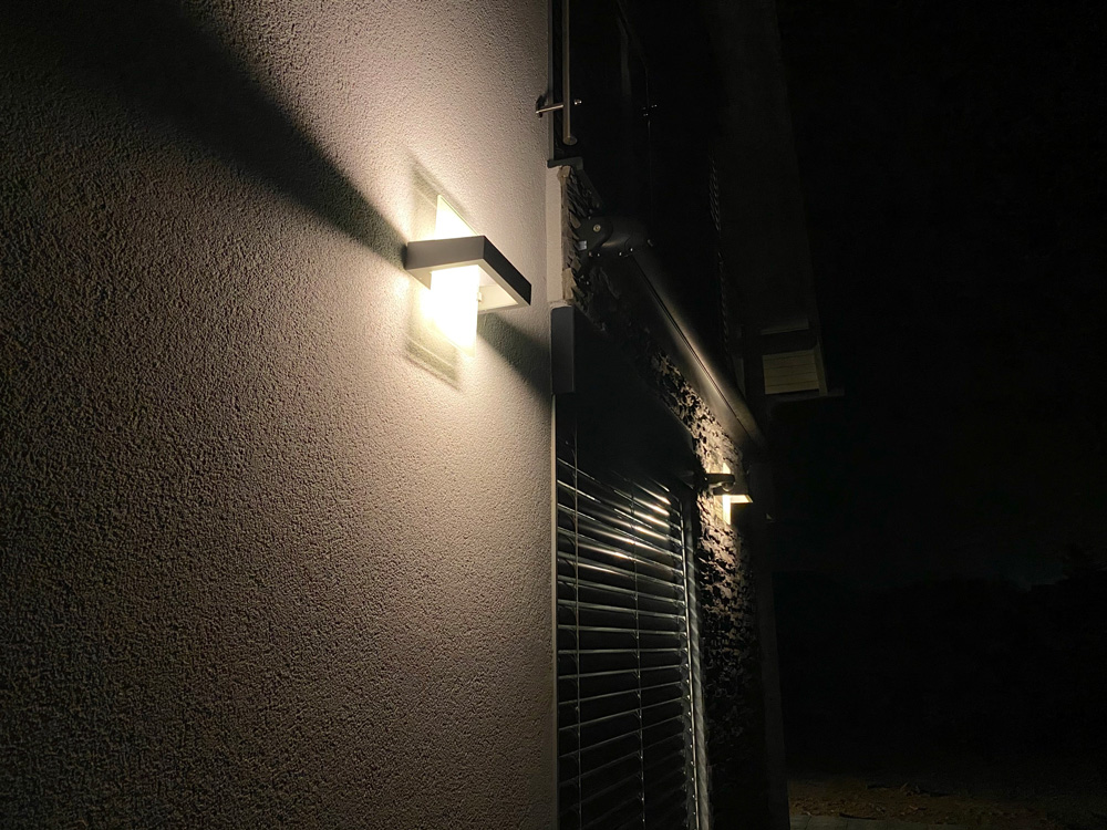 LED osvětlení Dům Praha - venkovní svítidla 1