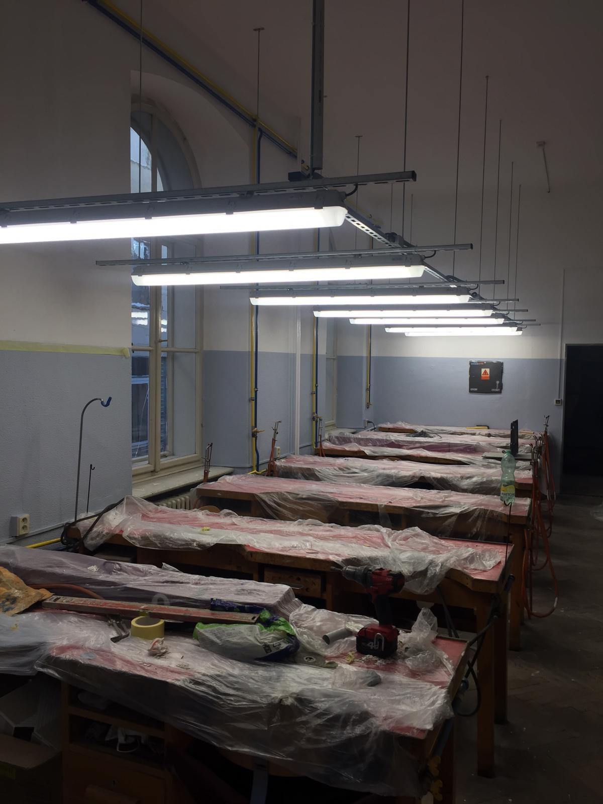 Střední průmyslová škola v Jablonci nad Nisou, LED zářivková svítidla 14