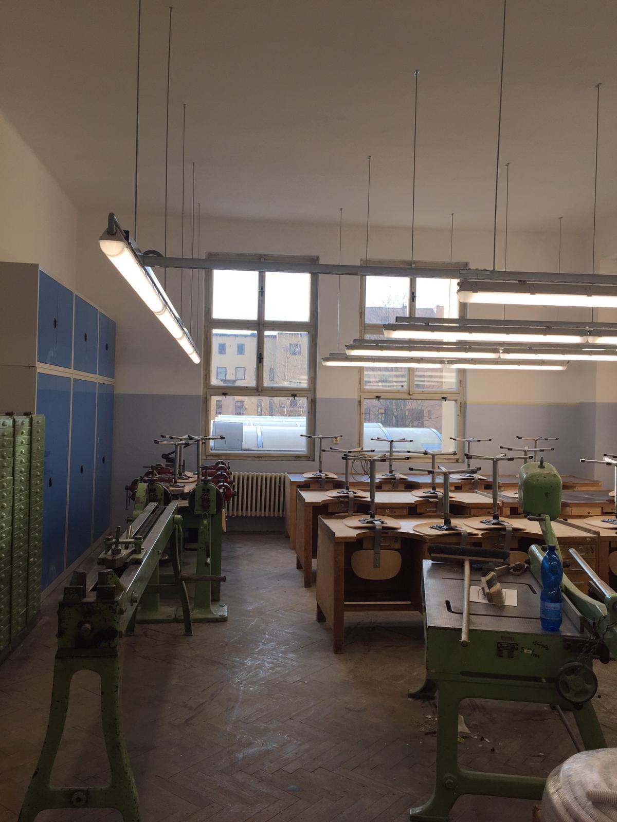 Střední průmyslová škola v Jablonci nad Nisou, LED zářivková svítidla 18