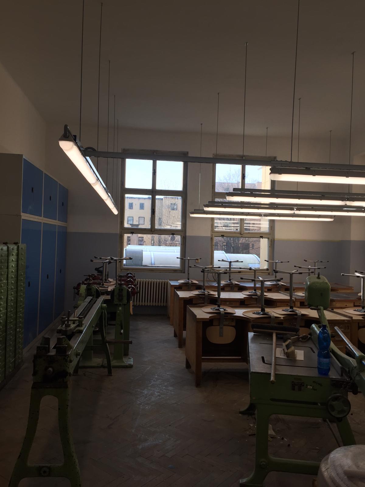 Střední průmyslová škola v Jablonci nad Nisou, LED zářivková svítidla 19