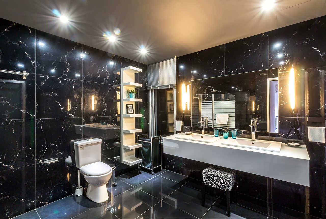 Koupelna-Osvětlení-Zrcadlo