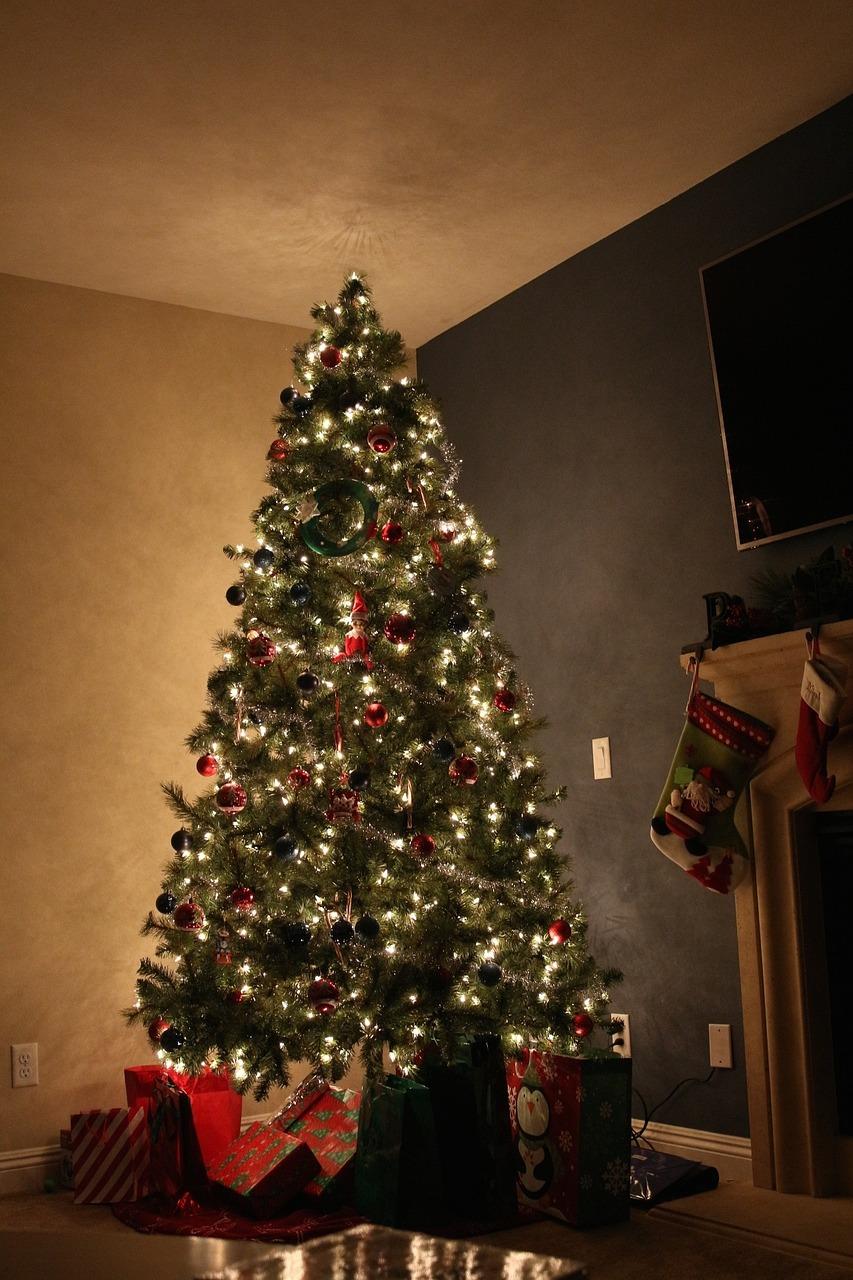 christmas-685920_1280
