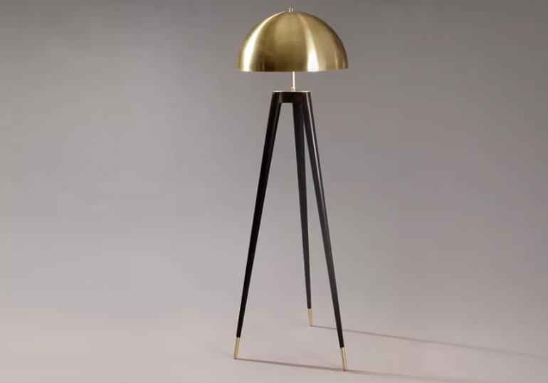 fife tripod lamp