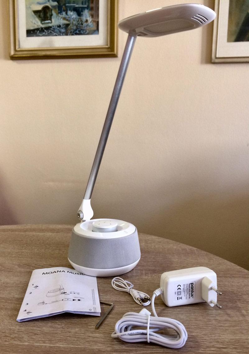 LED stolní lampa před instalací